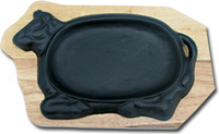 Сковорода на деревянной подставке Коровка 270х180 мм